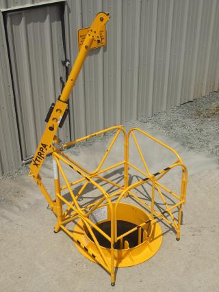 Manhole guard with integrated mast 42'' (1067 mm)